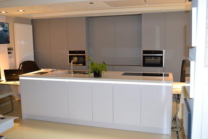 Kookeiland Verlichting. Excellent Verlichting Maken Zwarte Keuken ...