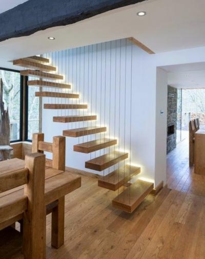 5 manieren om een trap van ledverlichting te voorzien - LED.GENT